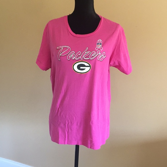 new product 8073a e4486 Green Bay Packers pink tee.